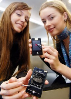 La batalla de los S.O. móviles. Symbian vs Android vs iOS vs Blackberry OS vs Bada…