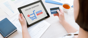 cliente-compra-internet-comercio-electronico-tarjeta-de-credito-tienda-virtual-xenonfactory.es
