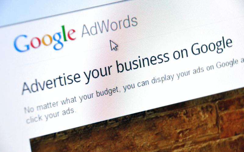 pantalla-pc-ordenador-grupos-de-anuncios-google-ads-xenonfactory.es
