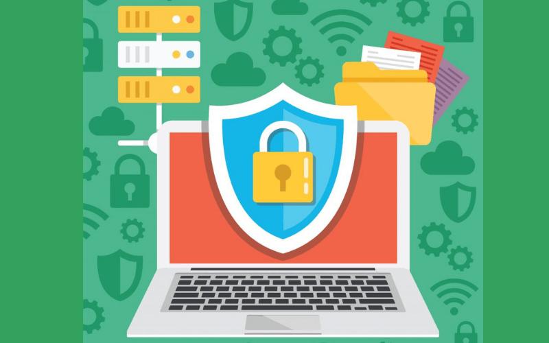 ordenador-lapto-candado-contra-ataques-ciberneticos-seguridad-wordpress-xenonfactory.es